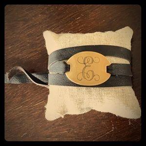 "Cute leather wrap bracelet w/monogrammed ""E"", NWT"